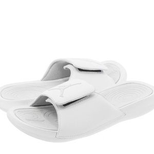 6a466942d Jordan Shoes - NEW White Air Jordan Slides Men s Size 9